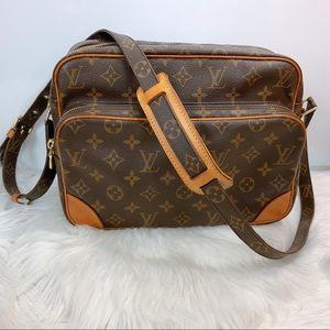 100% Authentic Louis Vuitton  Nile with Dust Bag